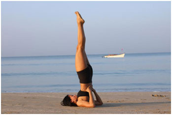 This pose is beneficial in increasing the metabolism of the body and keeps hair healthy