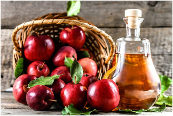 Apple cider vinegar For Teenage Pimples