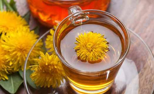 Dandelion tea to flush out toxins and prevent bloating