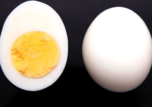 Eggs are rich in proteins that helps in growing stronger bones
