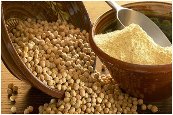 Gram flour has exfoliating properties that takes away dead skin cells from the skin
