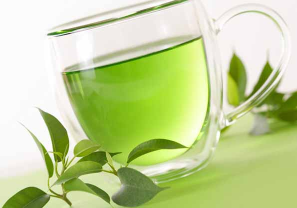 Green tea gives a clear complexion and keeps skin healthy