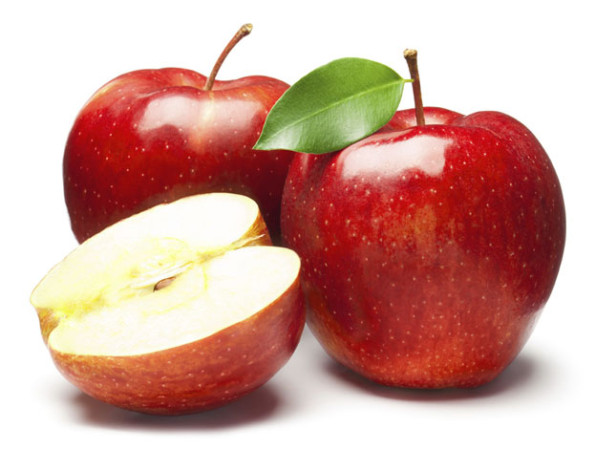 Homemade Apple Face Packs for Glowing Skin