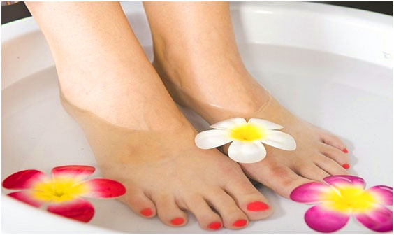 Homemade Pedicure Tips to Get Beautiful Fee