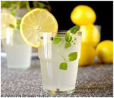 Lemon juice keeps the body cool and prevents sunstroke