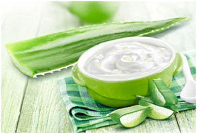 Mayonnaise has vinegar that helps in cutting down the dandruff and keeps the scalp healthy